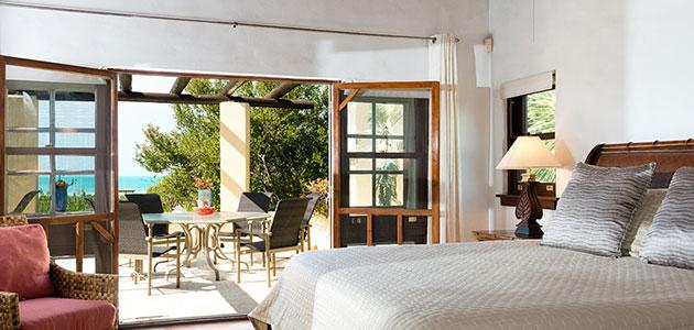 villa jasmine vacation rental on providenciales turks and caicos. Black Bedroom Furniture Sets. Home Design Ideas
